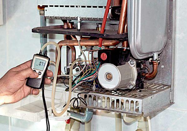 servicio-tecnico-revision-caldera-gas-gasoil Servicio Técnico