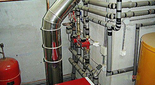 salida-gases-humos-conductos-sala-calderas-gasoil Salida gases calderas